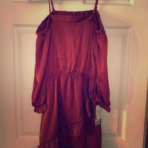 NWT-Burgundy off the shoulder dress